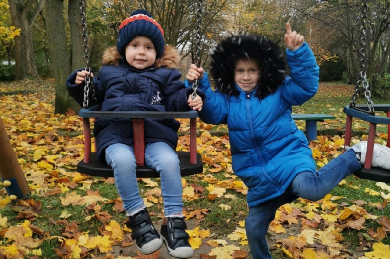 jesienno-zimowe zabawy na swiezym powietrzu